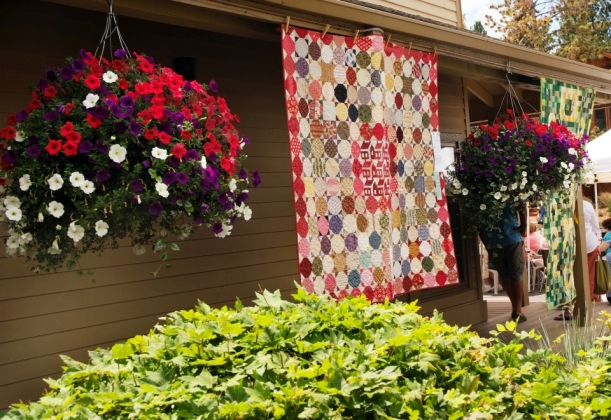 Flowers-n-quilts-9601