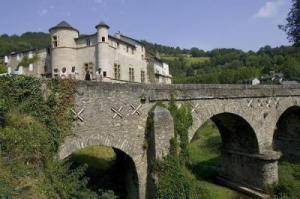 chateau-de-lacaze (1)
