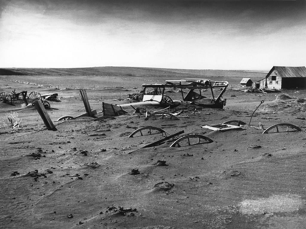 1024px-Dust_Bowl_-_Dallas,_South_Dakota_1936.jpg