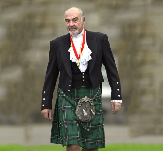 0430 SOCIAL Tartan...Library file, dated 5/7/00. Actor Sir Sean Connery, donning full Highland dress and wearing his medal after he was formally knighted by the Queen during a investiture ceremony, at the Palace of Holyroodhouse in Edinburgh: One of Scotland's leading actors, Sir Sean Connery is today, Saturday 6th April 2002, set to join 10,000 drummers and bagpipers in New York for the biggest ever Tartan Day parade. The blockbuster movie star is expected to help the musicians take part in what organisers hope will result in the world's biggest-ever pipe band march. See PA 0430 SOCIAL Tartan. PA Photos