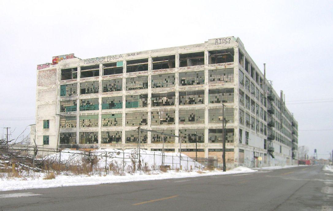 1280px-Fisher_Body_plant_21_-_Detroit_Michigan.jpg